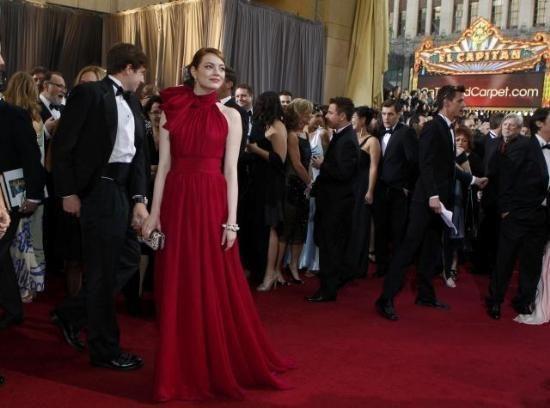 The Oscars 2012 / Red Carpet / Emma Stone / Giambattista Valli