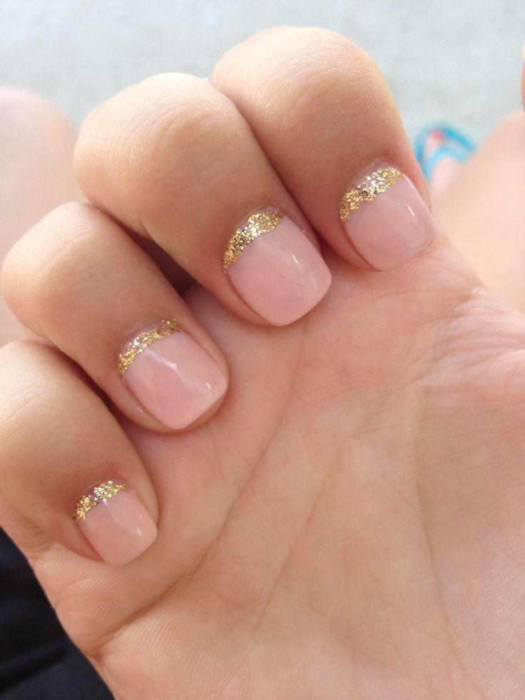 Nail Design Natural Pink And Gold Sparkle Upper Nail Tip Beauty Nails Bridal Nails Hair And Nails