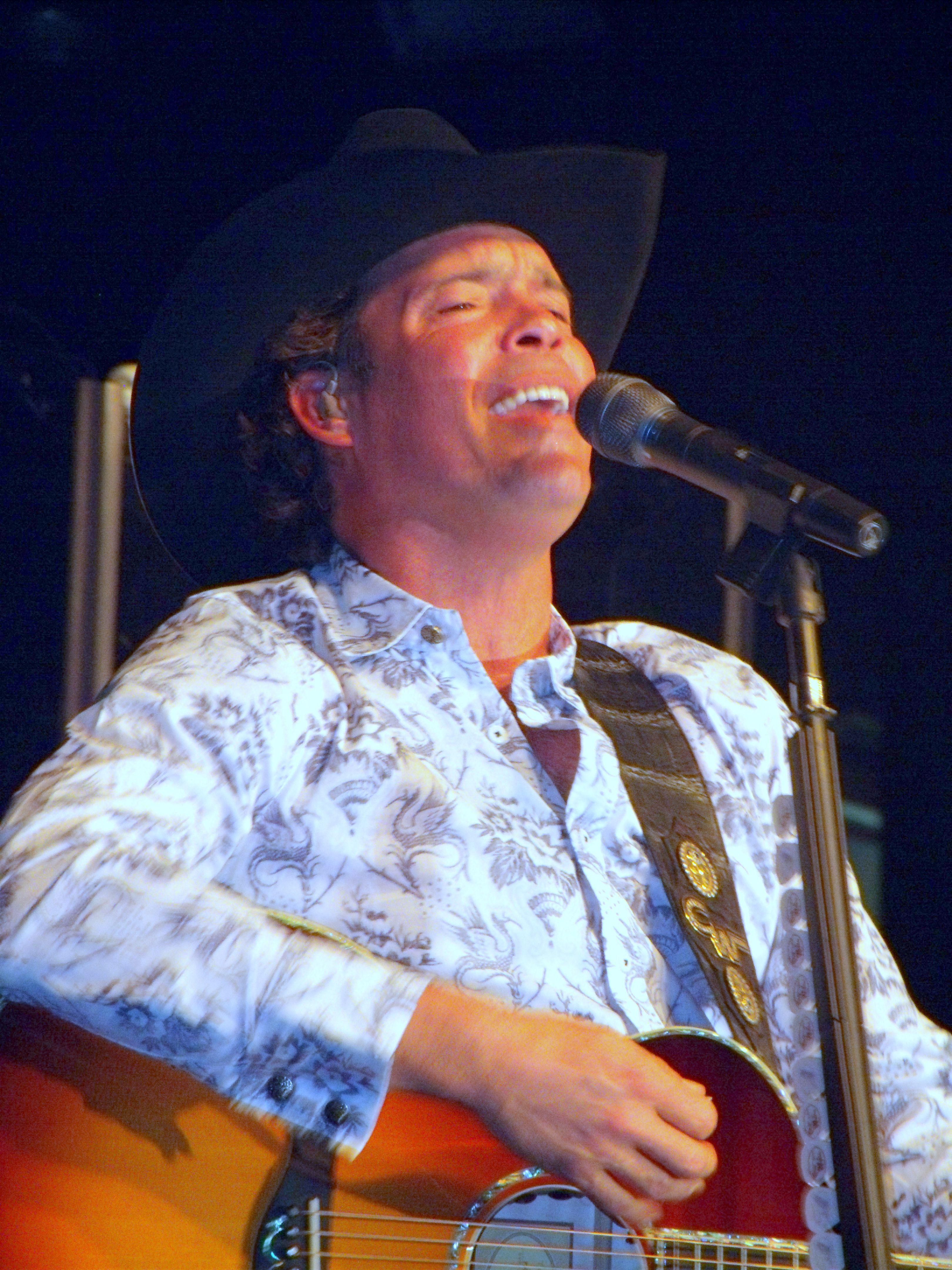 Clay walker oklahoma city oklahoma country music