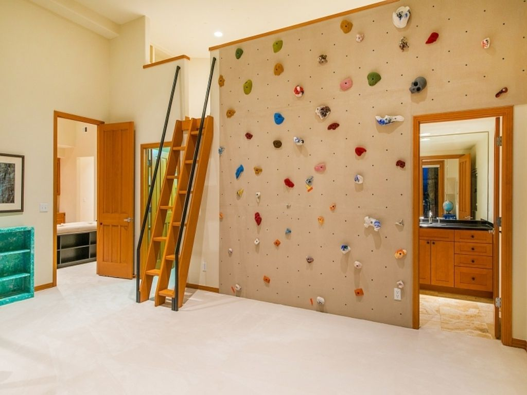 fun-kids-room-with-climbing-wall-i-wonder-what39s-in-the-loft-with ...