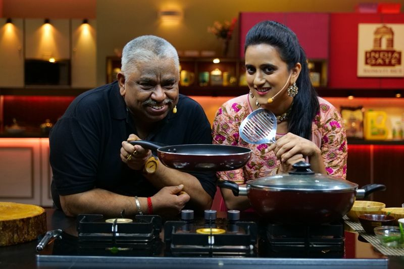 Celebrities Sridevi and Preetha master their culinary skills with Chef Damu & Chef Shreeya on Colors Kitchen