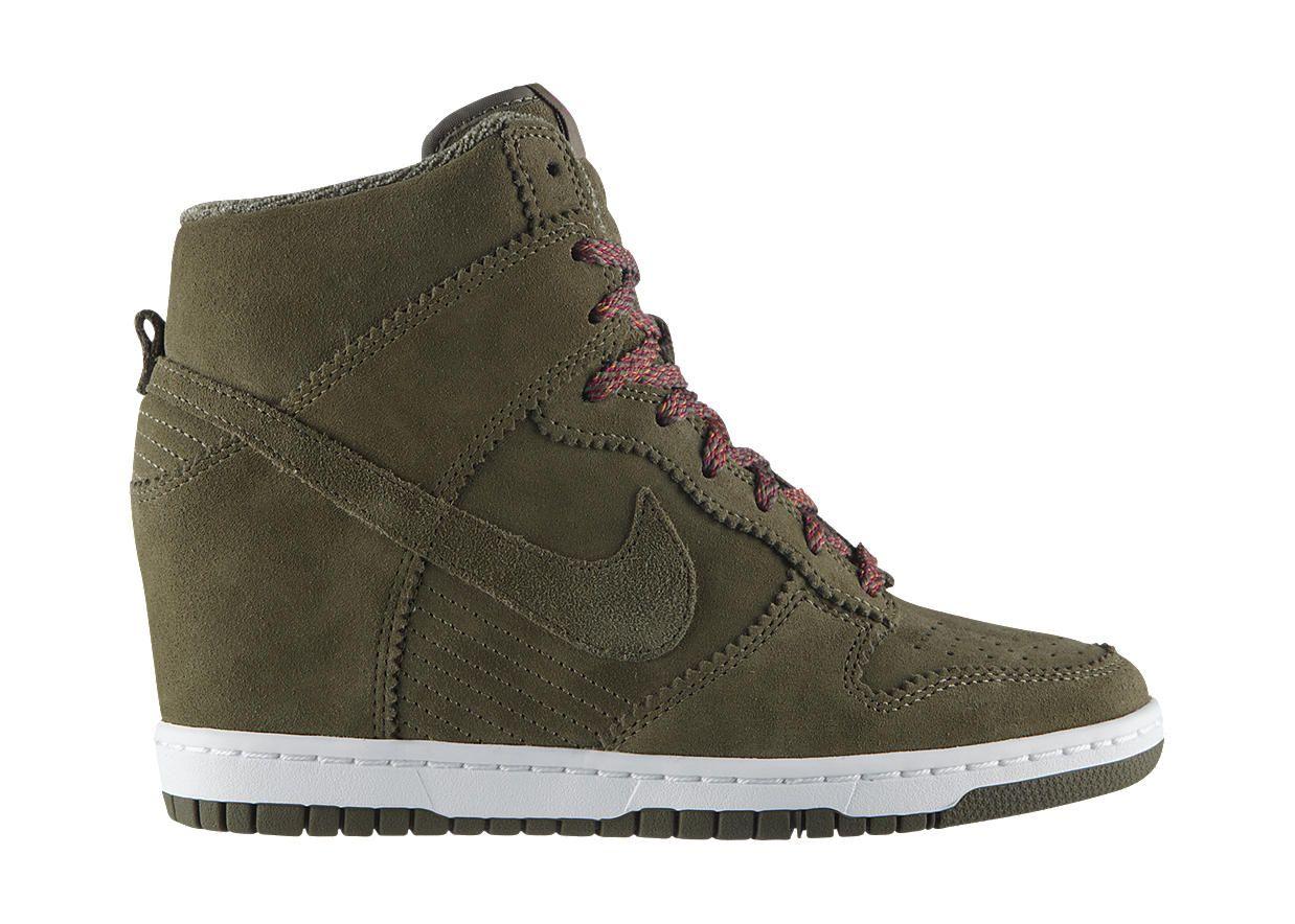 Nike Store. Nike Dunk Sky High Women's Shoe