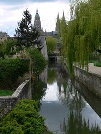 Bayeaux Cathederal and River