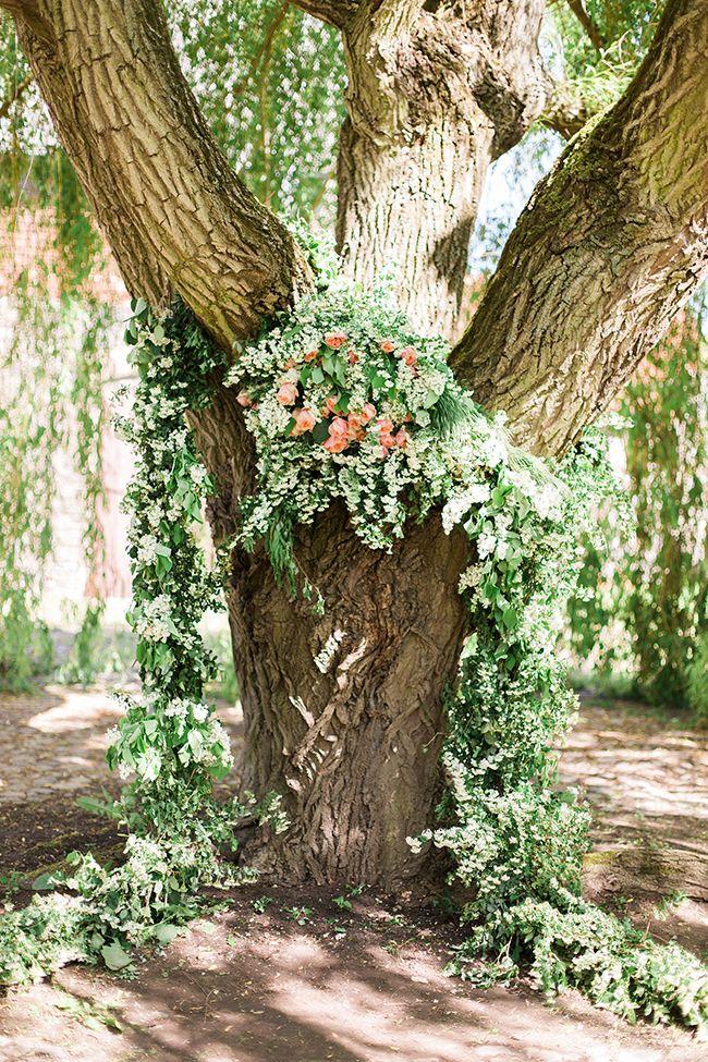 Back to nature earthy and organic wedding ideas greenery back to nature earthy and organic wedding ideas junglespirit Choice Image