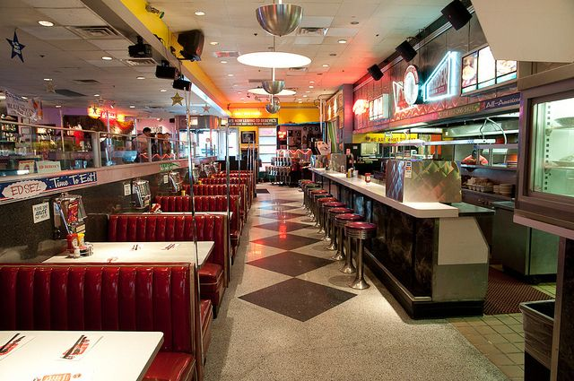Ed Debevic's 50s style diner and servers with attitude; sassy waiters who dance on the countertop - fun fun fun