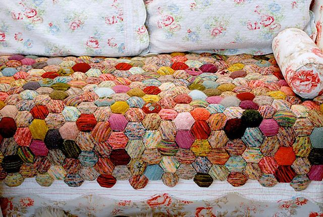 The Beekeeper S Quilt Pattern By Tiny Owl Knits Tiny Owl Knits Quilts Quilt Patterns