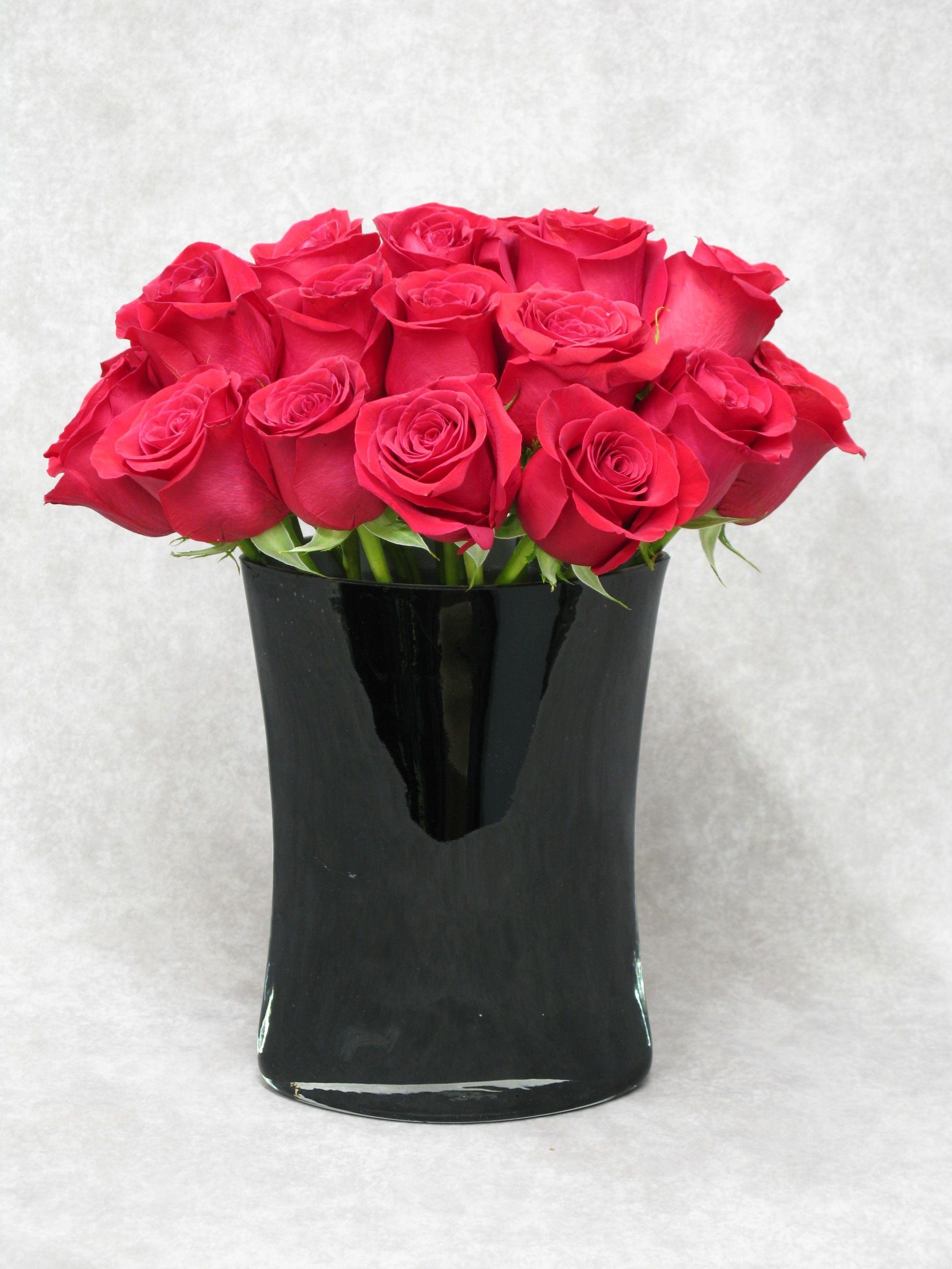 Classic red roses in a modern black vase roses romance rosed classic red roses in a modern black vase roses romance reviewsmspy