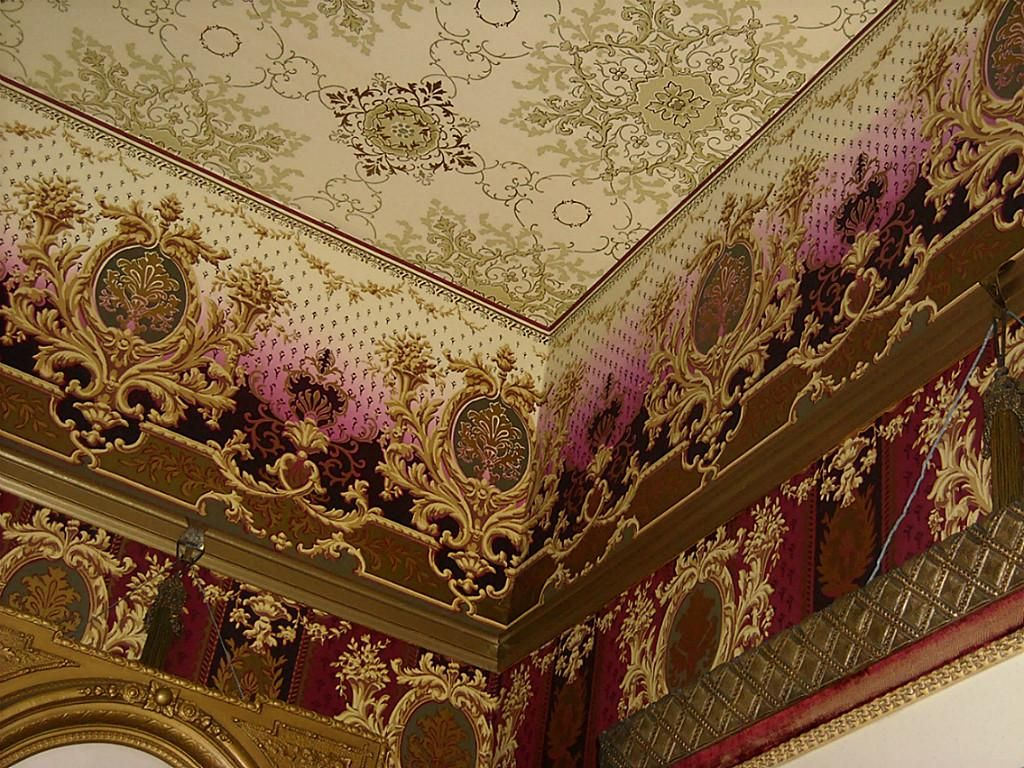 Authentic Victorian ceiling treatment. Parlor