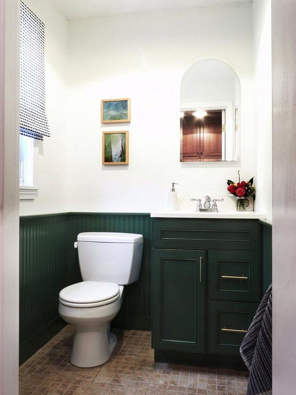 Awesome 46 Incredible Bathroom Cabinet Paint Color Ideas More At Https Homystyle Com 2018 10 Painting Bathroom Cabinets Diy Bathroom Makeover Green Bathroom [ 1365 x 1024 Pixel ]