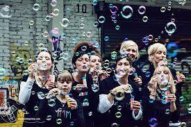gruppenbilder ideen  GoogleSuche  photo copines  Friendship photoshoot Group photography