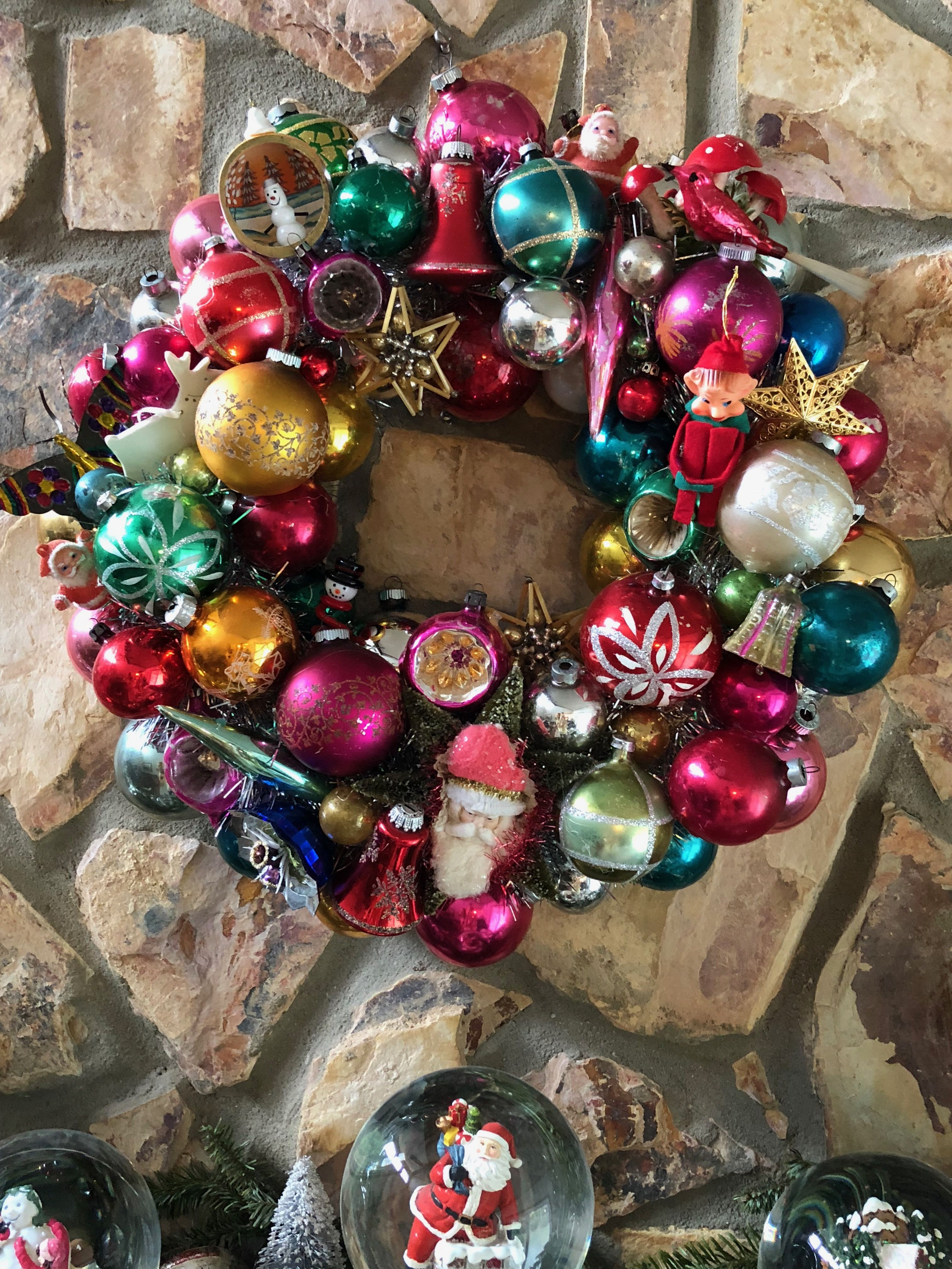 Pin By Carol Harms On Vintage Ornament Wreaths And Mantles Vintage Ornament Wreath Ornament Wreath Vintage Ornaments