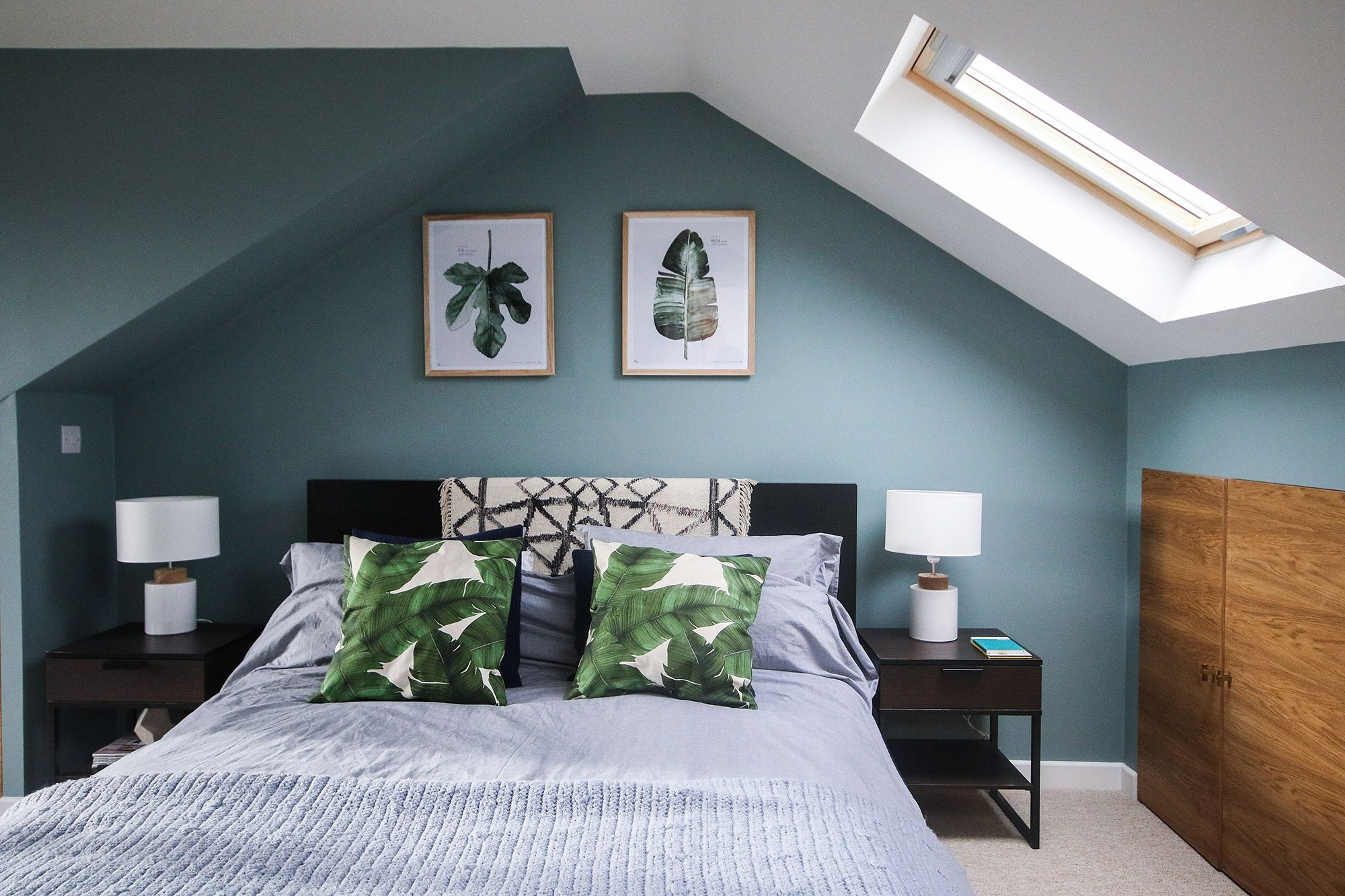 Farrow & Ball Oval Room Blue palm leaves calming loft bedroom