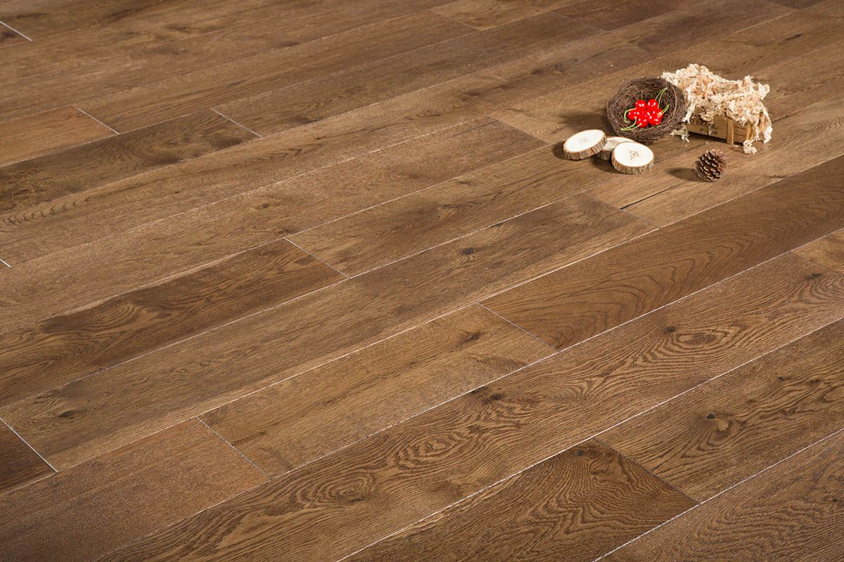 Dune Is A Lightly Wire Brushed Smoked Distressed And Custom Multi Layer Stained 7 1 2 X 1 2 Wide Plank Prefinished Engi Hardwood Floors French Oak Hardwood