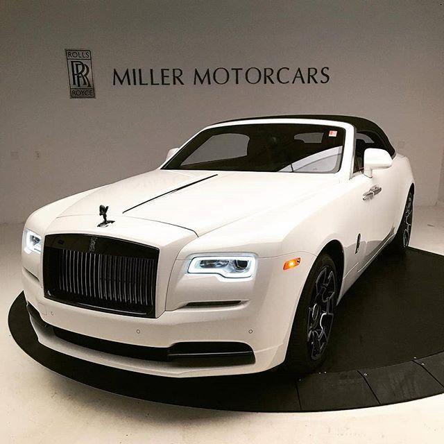 Supercar Duo Luxurycorp Rollsroyce: Black Badge Dawn In White. 🏁 #RollsRoyce_Fan #Regram Via