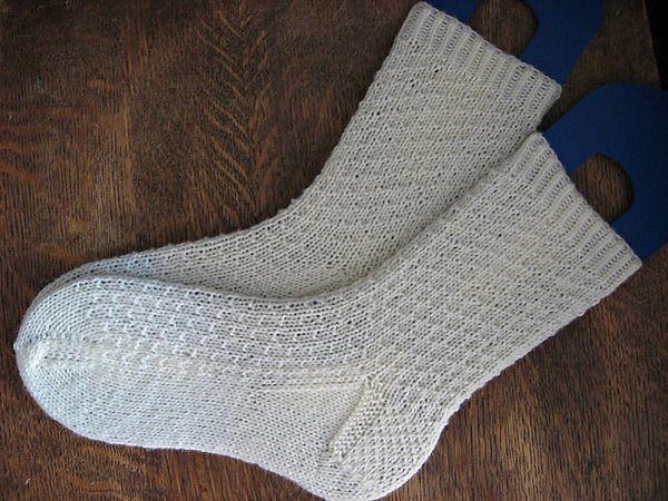носки спицами простые в вязании интересные в дизайне вязание