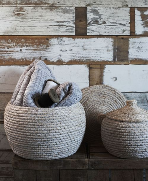Serenely Pretty White Washed Baskets With Lids Hand Woven By Vietnamese Artisans From Natural Seagrass With A Soft White Seagrass Basket Basket Furniture Fix