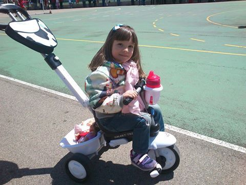 Cayetana, 3 años, España   Baby car seats, Baby strollers ...