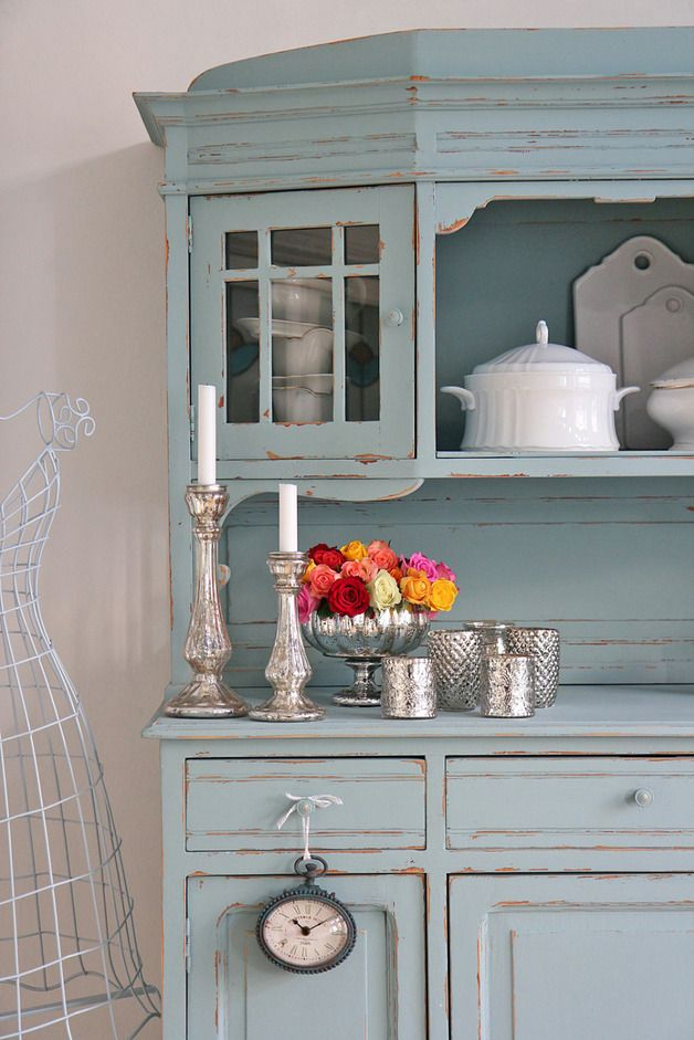 Adorable distressed powder blue color | In the kitchen - In der ...
