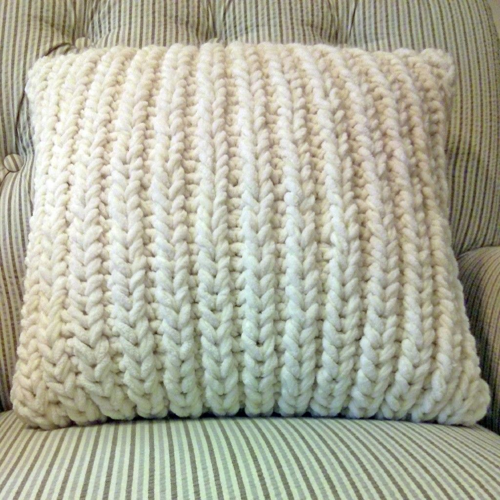Free Autumn Knitting Patterns To Inspire You | Knitted Pillows ...