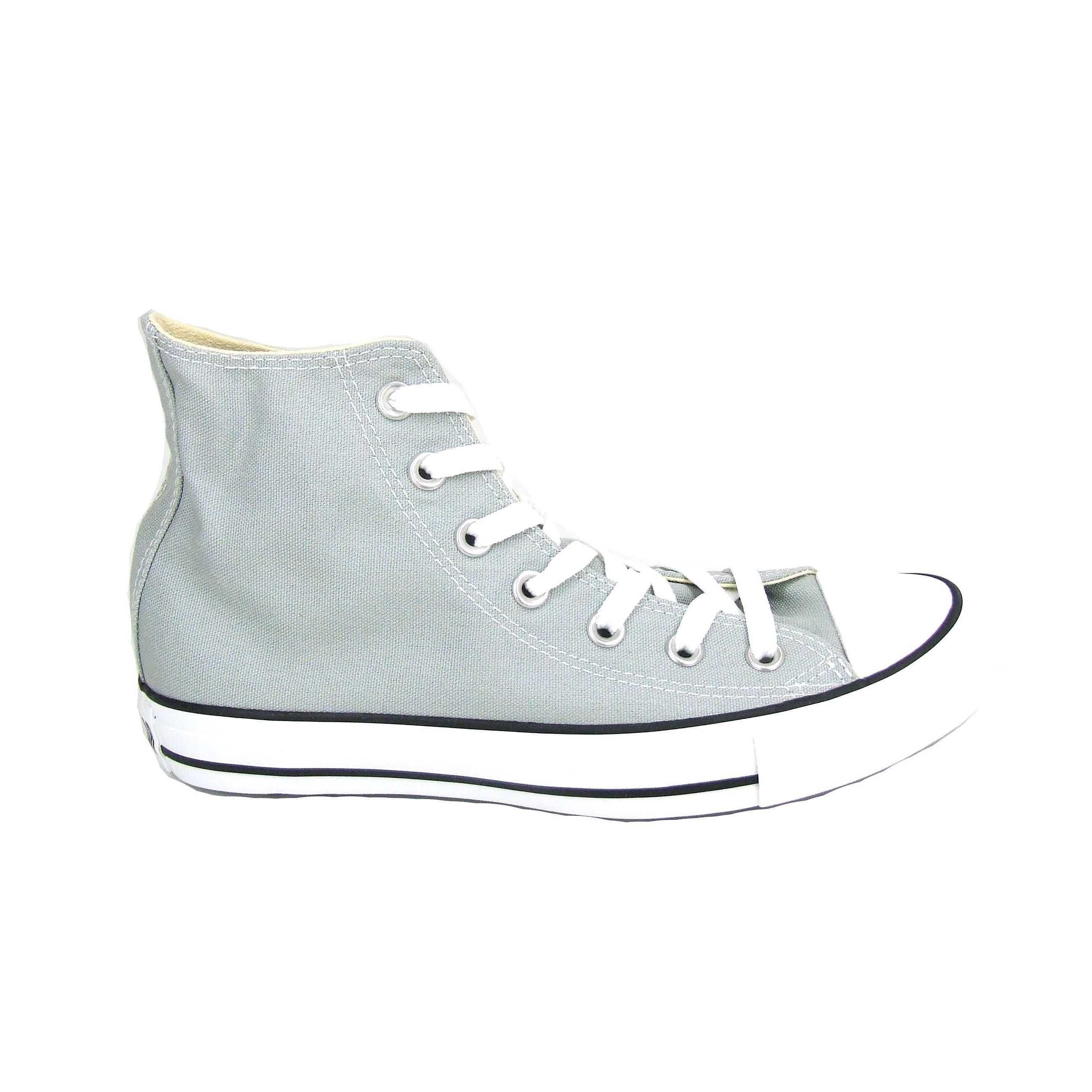 0a837433cc3 De klassieke enkelhoge sneaker van het merk All Stars / Converse.  Uitgevoerd in canvas met
