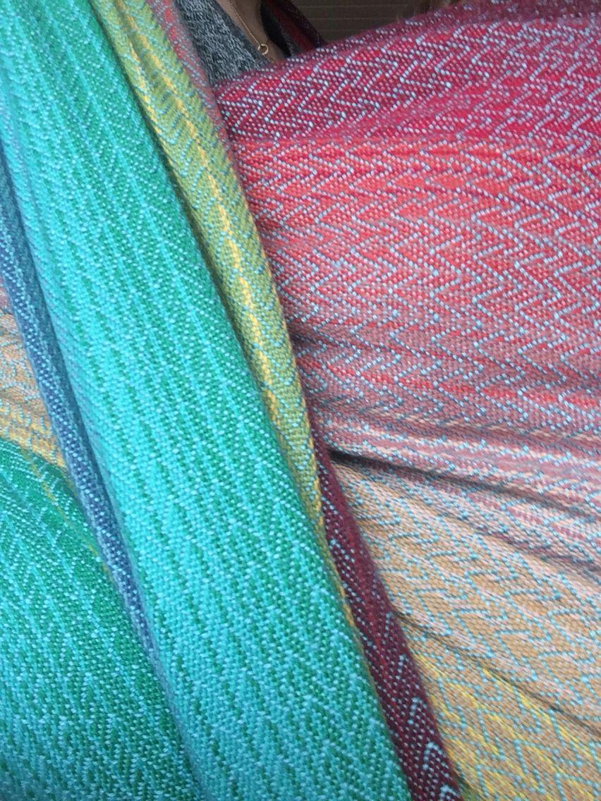 La Maison des Fibres,  Enchanted Forest V1, teal merino/silk weft