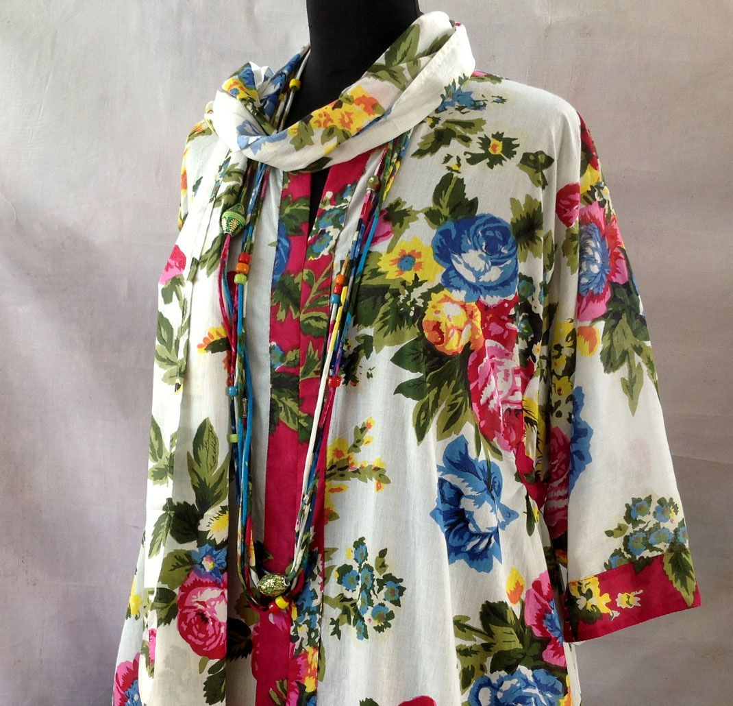 longue robe d 39 int rieur kaftan ample en coton imprim. Black Bedroom Furniture Sets. Home Design Ideas