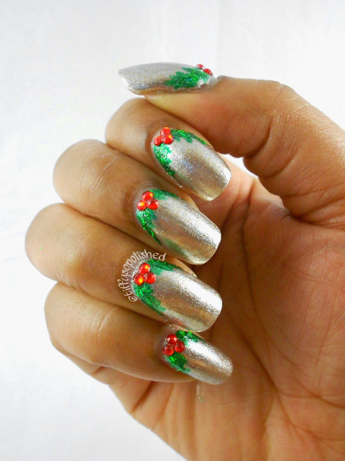 NaturallyTiffy: December Nail Art Challenge 2014 Day 20: Holly ...
