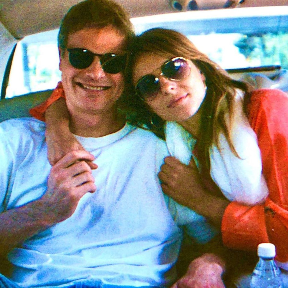 Elizabeth Hurley Reminisces Her Time With Ex Steve Bing Saddened Beyond Belief It S A Terrible End In 2020 Elizabeth Hurley Liz Hurley Son Film Writer