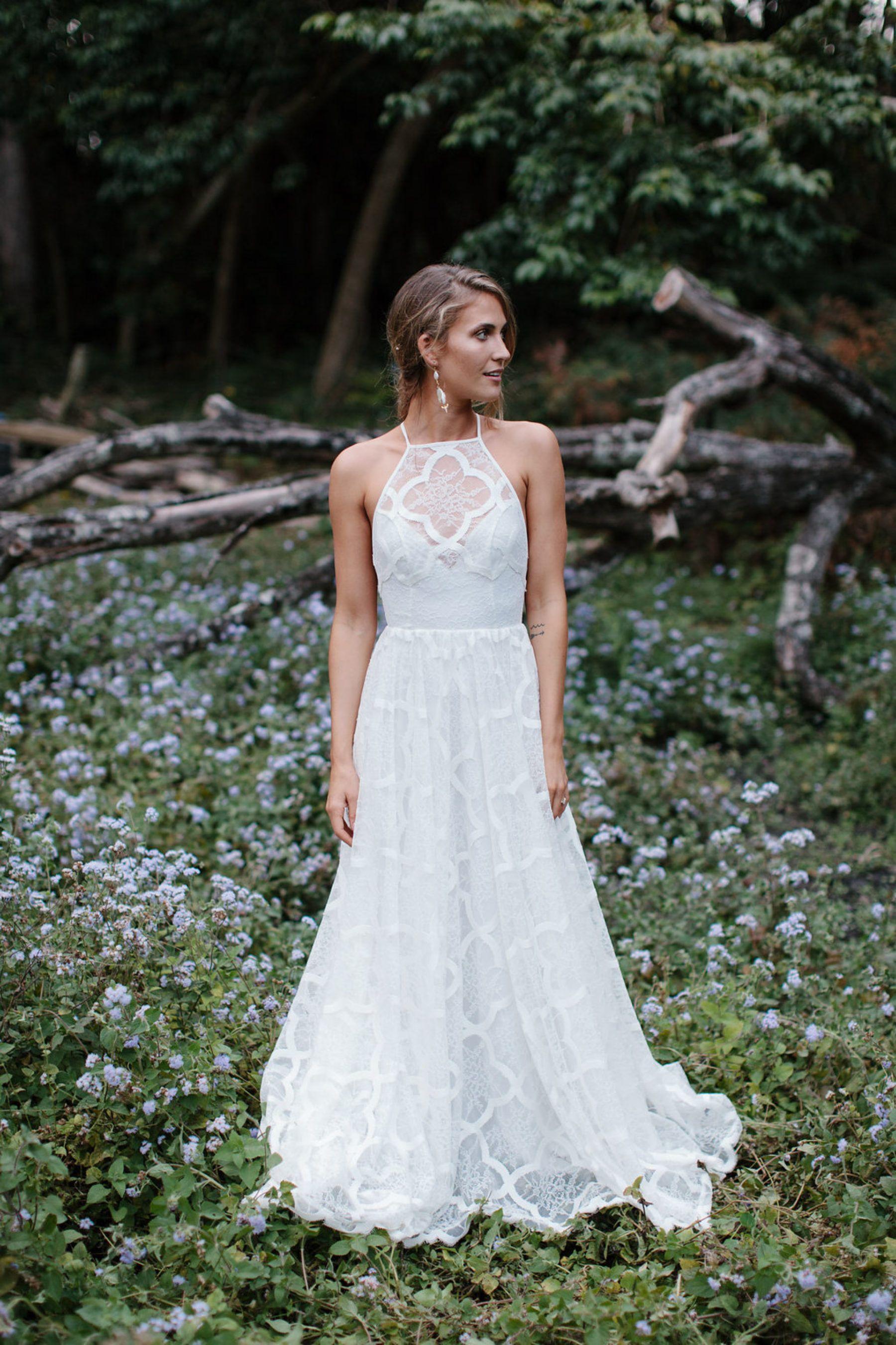 Rebecca Riley S Earthy Byron Bay Wedding Nouba Com Au Wedding Dresses Lace Wedding Dresses Grace Loves Lace [ 2700 x 1800 Pixel ]