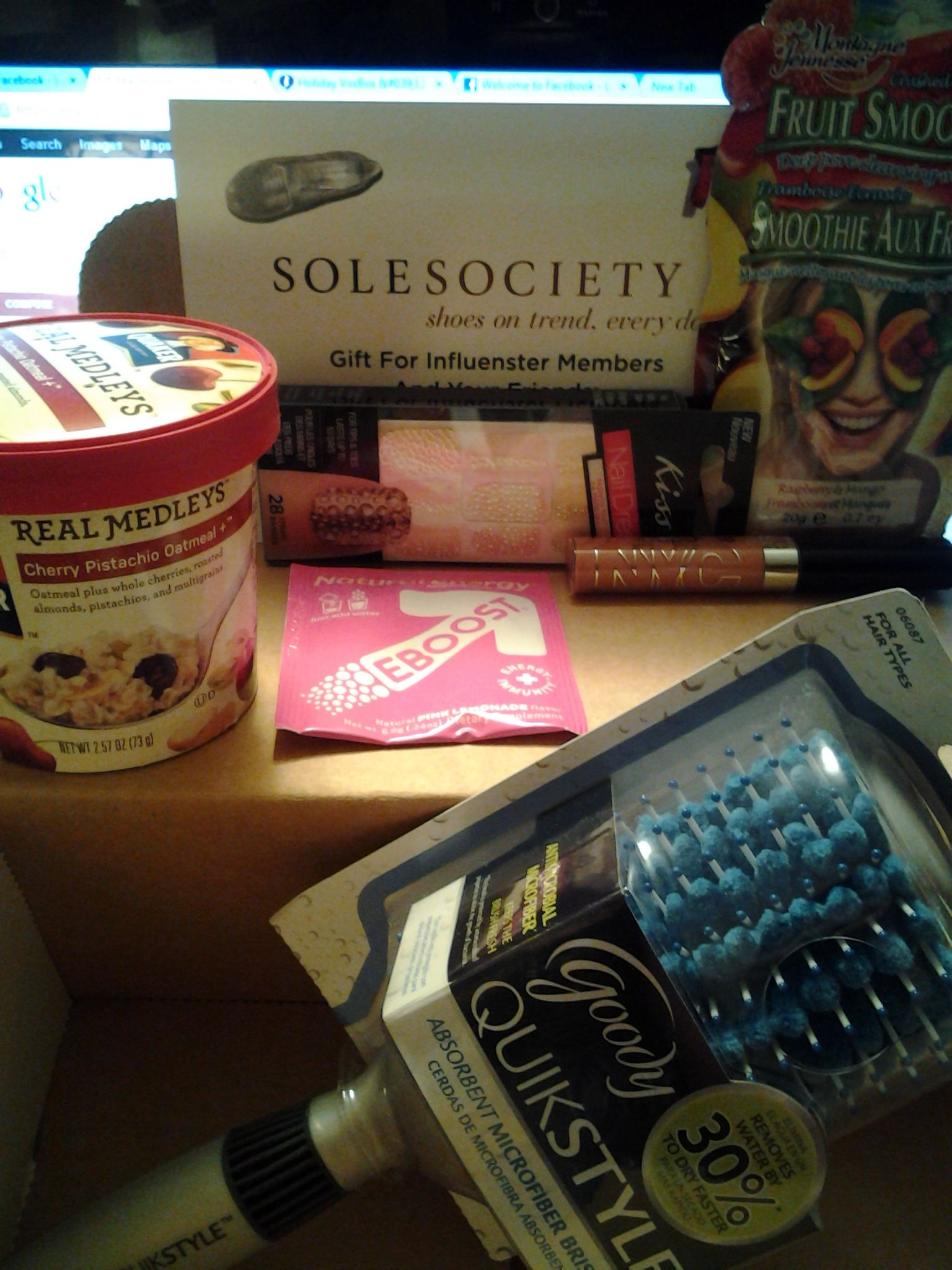 Heres what I got in my Holiday VoxBox 2012