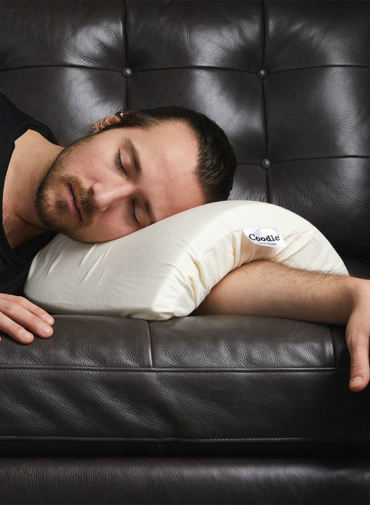 This Pillow Made for Spooning Is a Certified Game-Changer