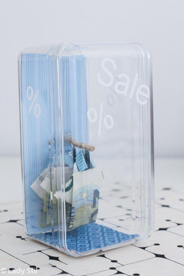 Geldscheine im Sale - oder wie präsentiert man Geld in Hemdform in ...