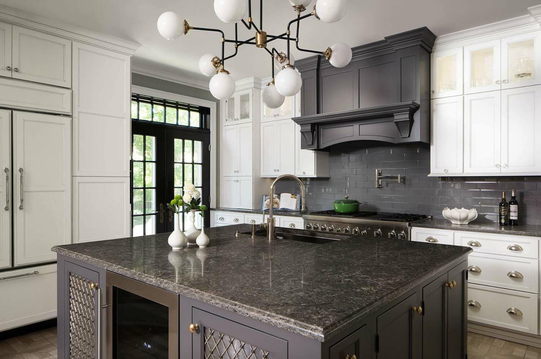 30 Stylish and elegant kitchens with light and dark