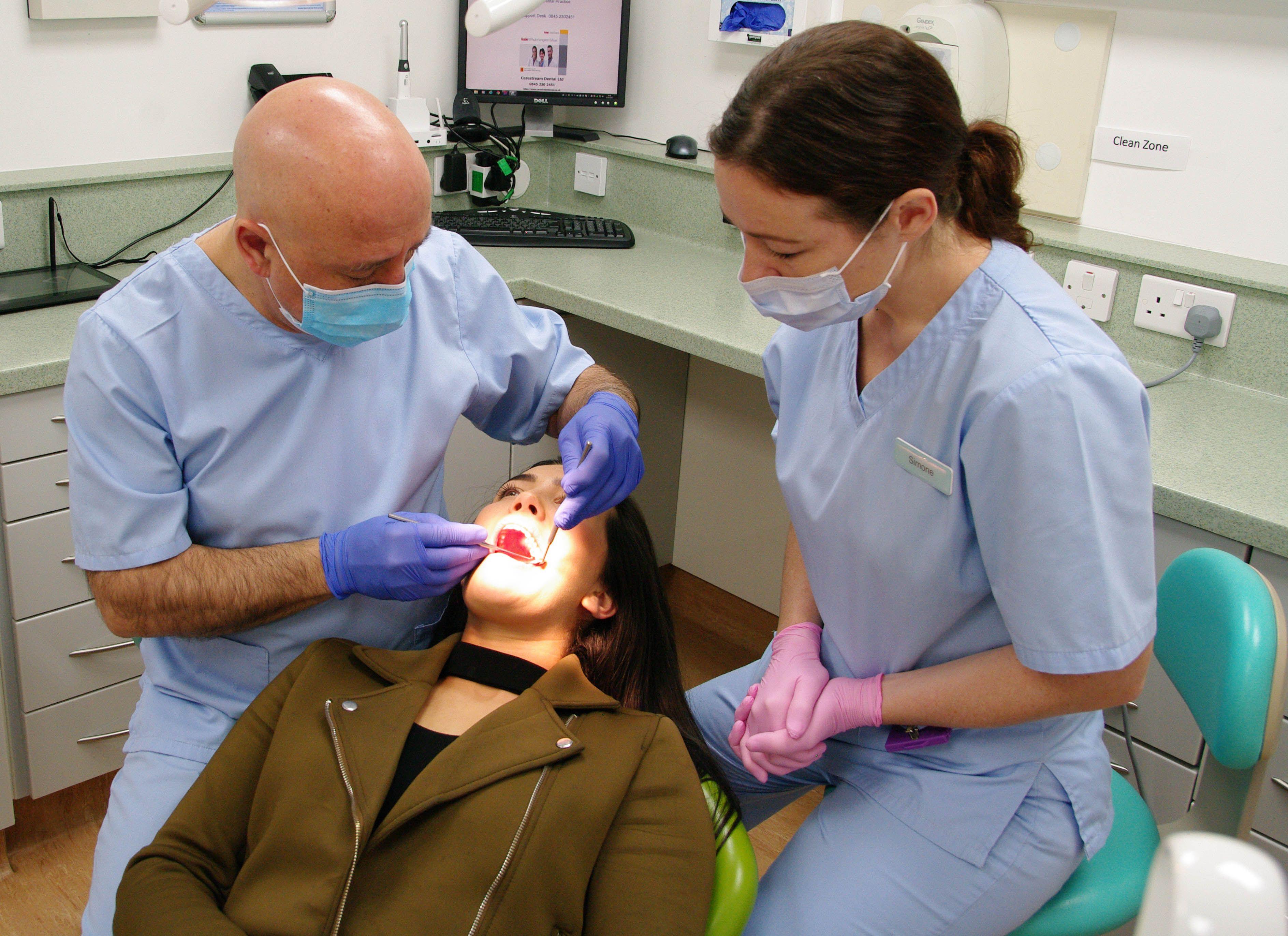 Harrow Dental 2327 High Street, Hornchurch Essex RM11 1TP