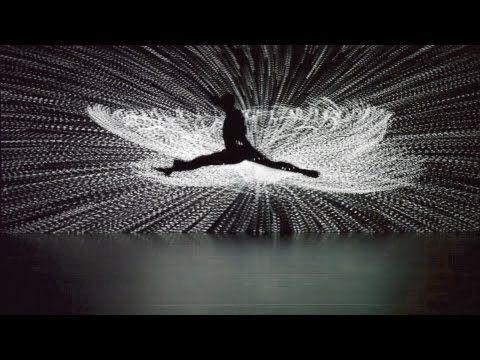 id. 정령느낌??이은결??...큐브속으로 빠지는 느낌 Klaus Obermaier & Ars Electronica Futurelab, feat. Rob Tannion – Apparition /