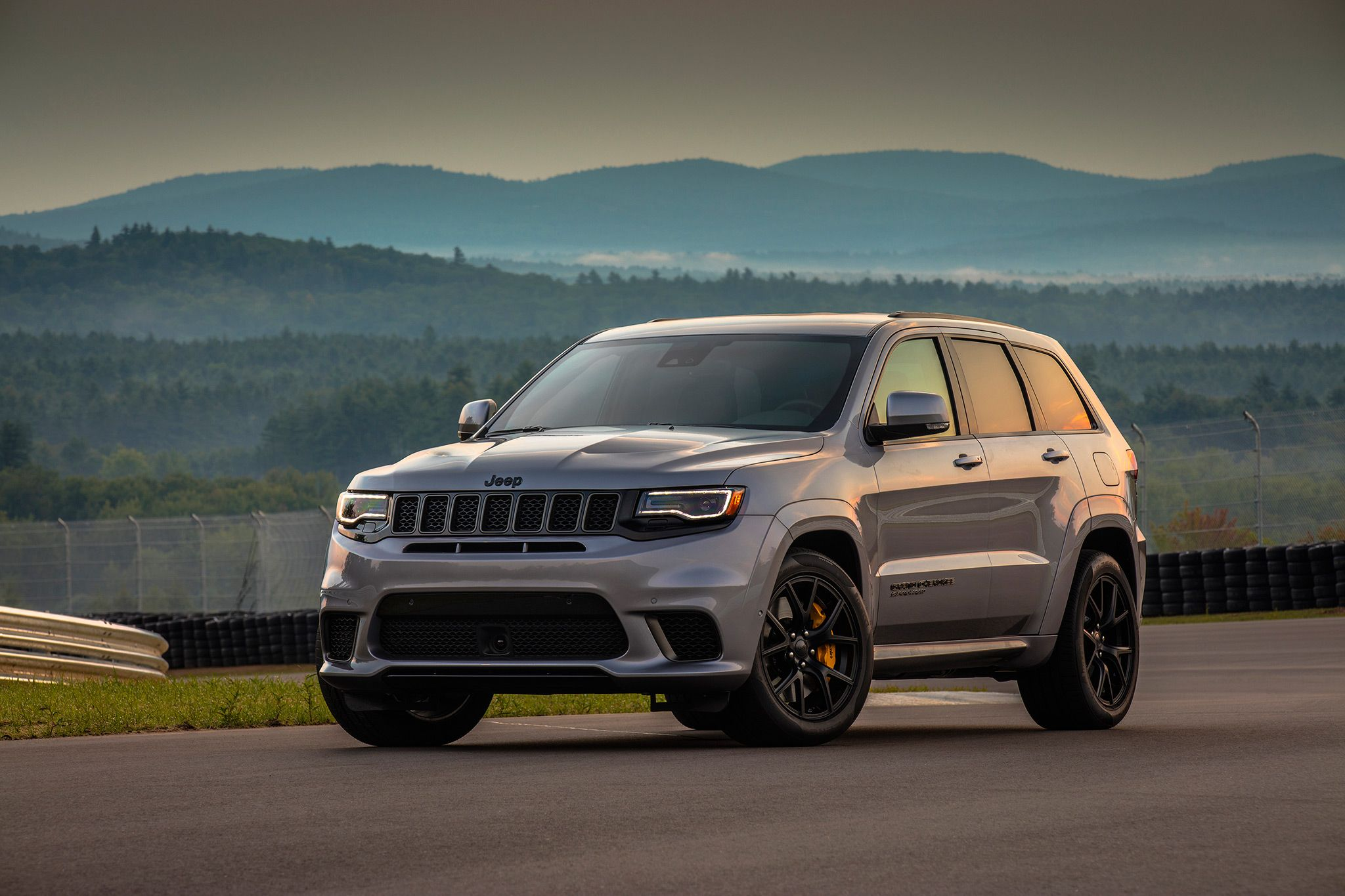 2018 Jeep Grand Cherokee Trackhawk Redesign Release Date