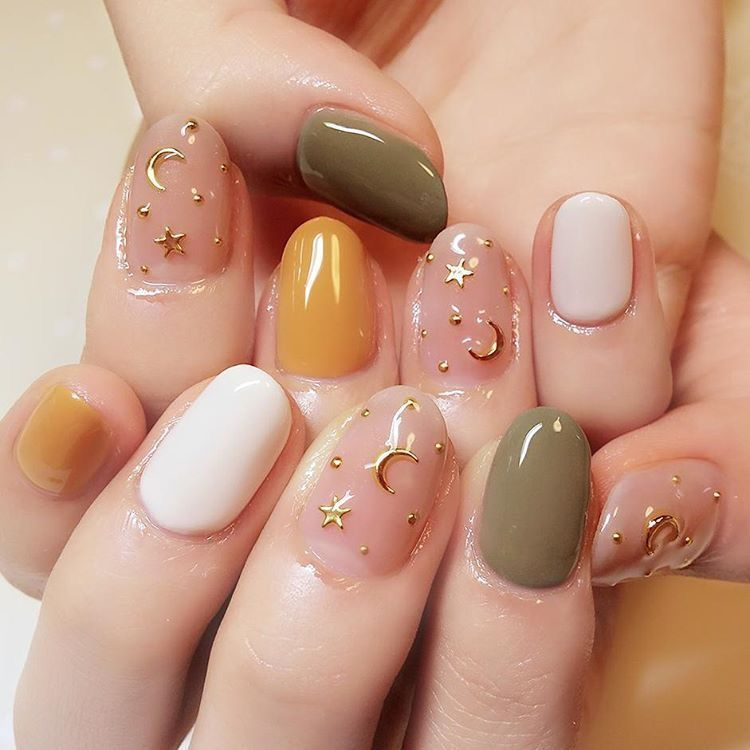 Moon and stars multicolor neutrals nails | Well Manicured ...