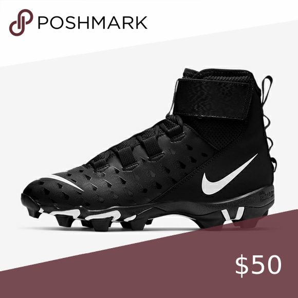 im selling these nike football cleats