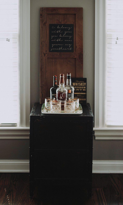 Jonathan Steinitz Interior Design - Neutral Family Home Study Bar