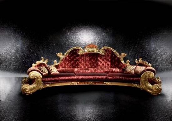 Handgemachte italienische Möbel mit elegantem Design von