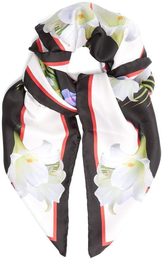 Lady-print silk-twill scarf Givenchy X7ip1D9w6d