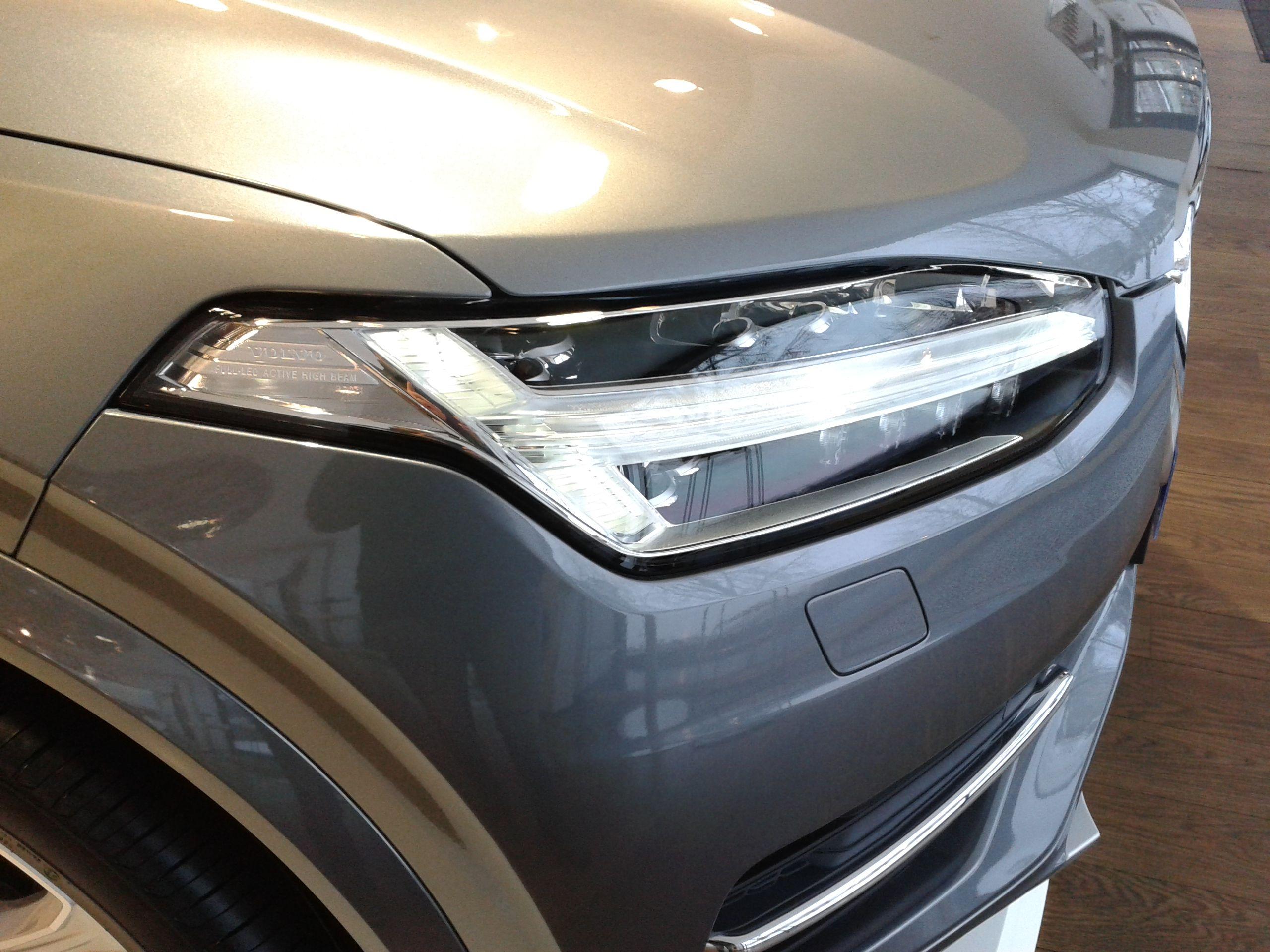 Volvo XC90 T8 hybride rechargeable tous les détails tech