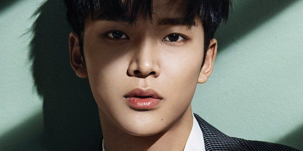 SF9's Rowoon reveals his mother's unique job Sf9 rowoon