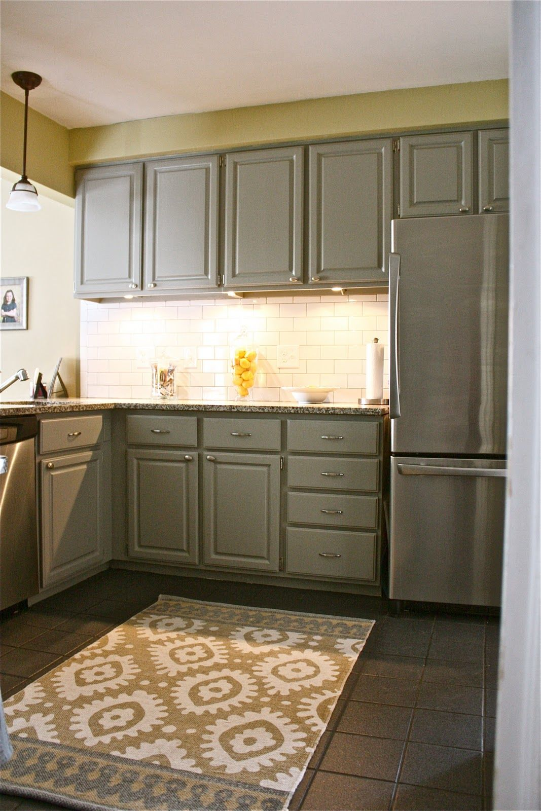 Omg This Kitchen The Colors The Style Everything Gray White