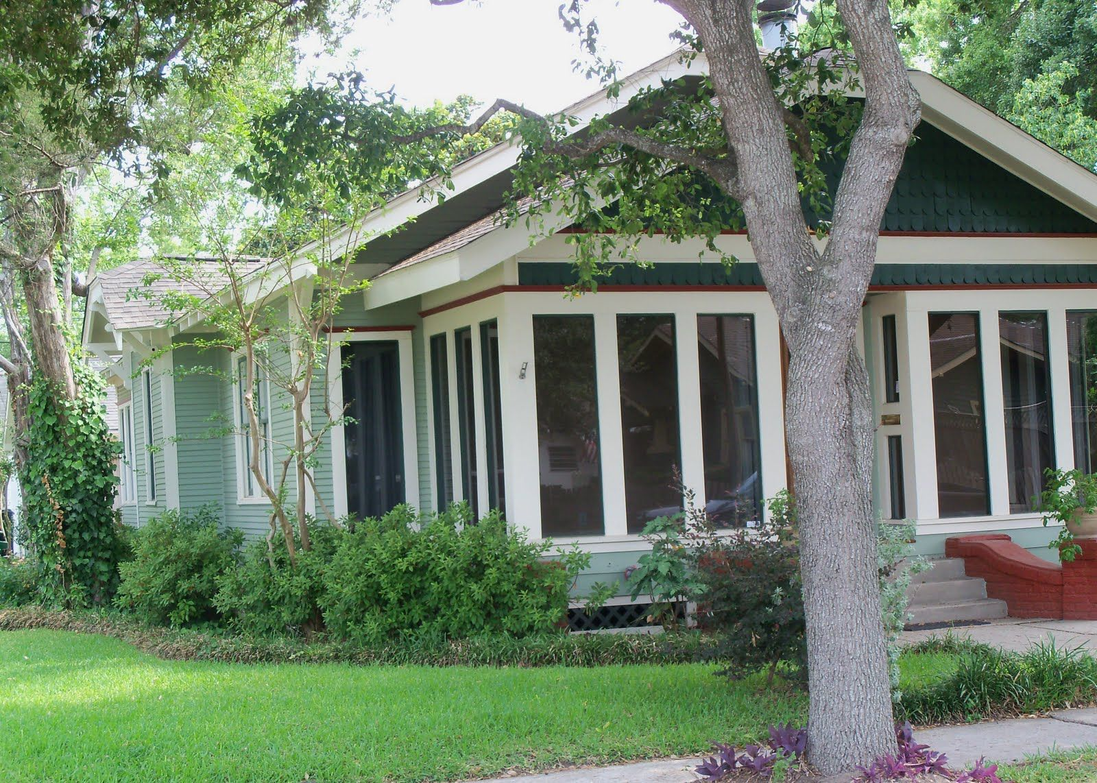 SUSAN'S COLORFUL LIFE: Pretty Green Houses