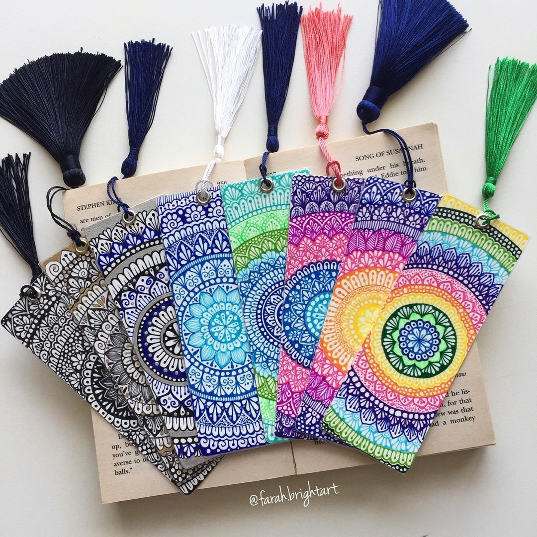 Farahmohamedn97 On Instagram Here Is Another Post For Mandalatober19 Bookmark Prompt Just Woul Creative Bookmarks Doodle Art Designs Doodle Art Drawing