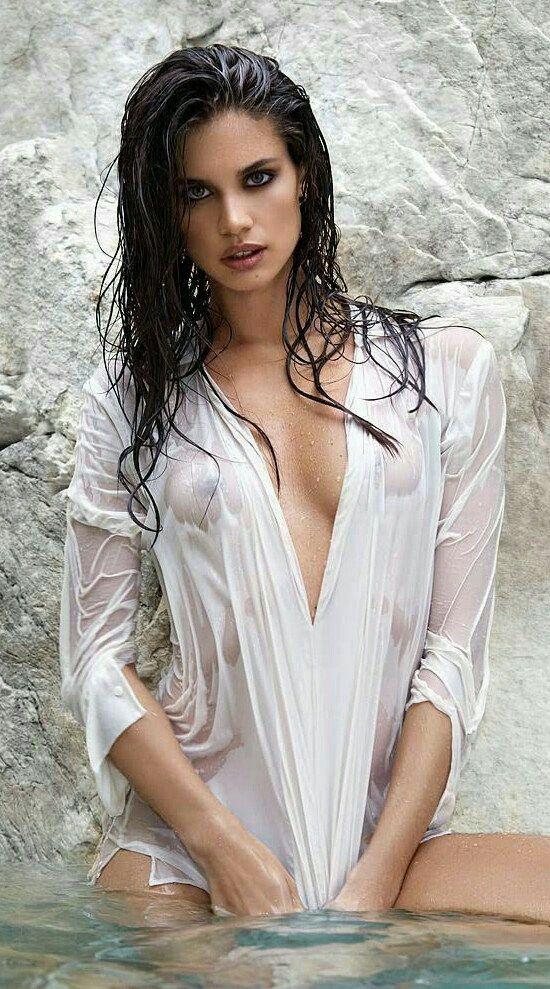 Sexy girls damp