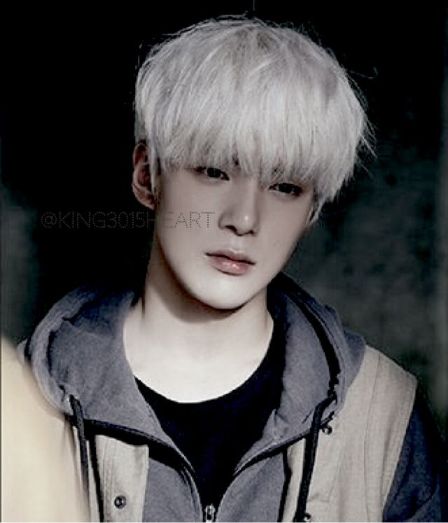 Lee Minhyuk 이민혁 || Monsta X || 1993 || 179cm || Vocal