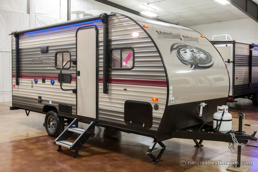 2019 Ultra Lite Bunkhouse Travel Trailer 16bhs Bunkhouse Travel