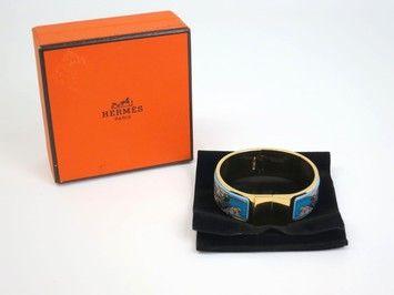 Hermes Enamel Bracelet Paladium/Cloisonne. Get the lowest price on Hermes Enamel Bracelet Paladium/Cloisonne and other fabulous designer clothing and accessories! Shop Tradesy now